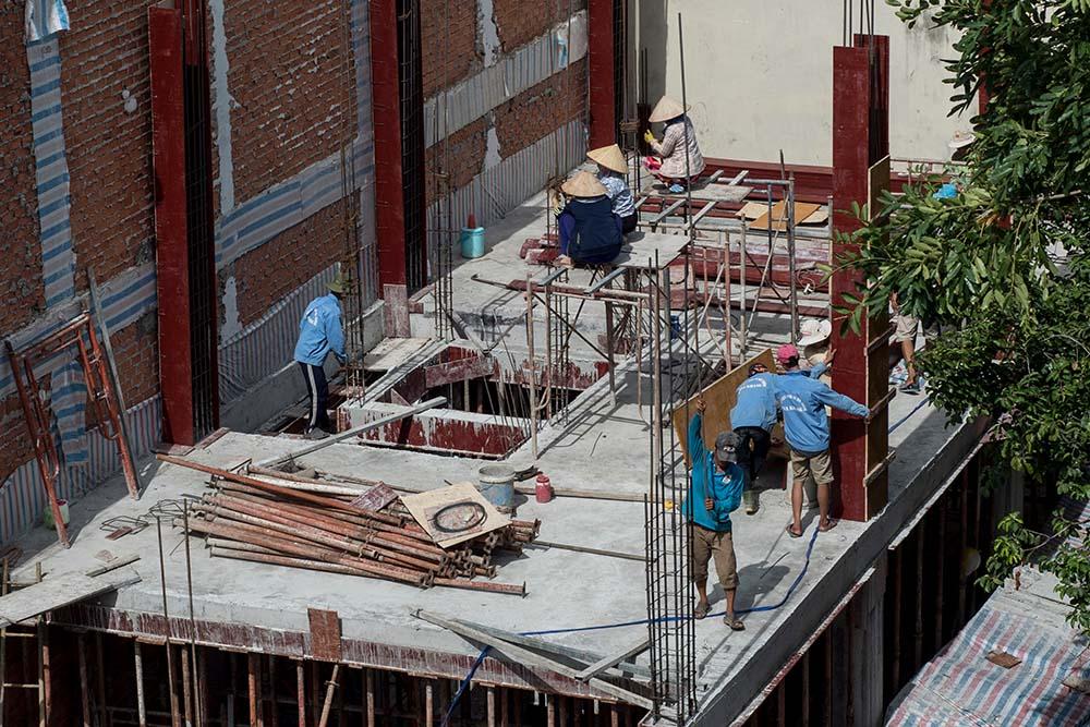 Điều kiện cấp giấy phép xây dựng đối với công trình không theo tuyến ngoài đô thị